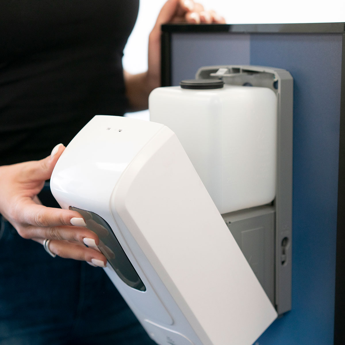 Touch-Free Automatic Hand Dispenser & Stand
