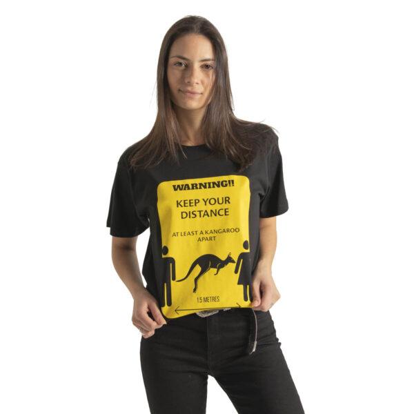 T-shirt - Black - Keep Your Distance